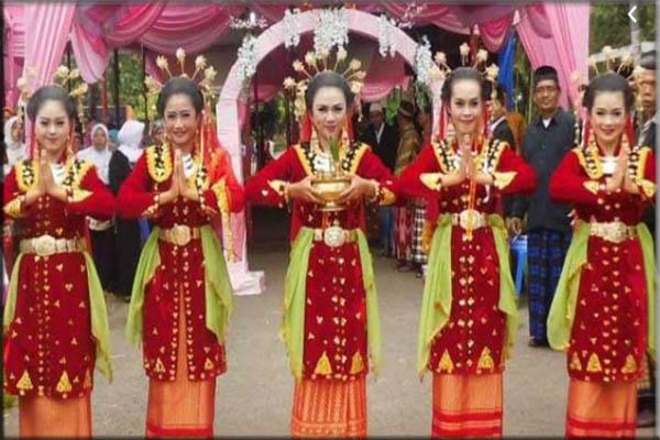Suku Bengkulu, Serawai