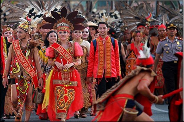 Suku Dayak di Kalimantan Barat