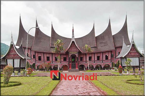 Rumah-rumah adat di provinsi barat Sumatra | Rumah Gadang