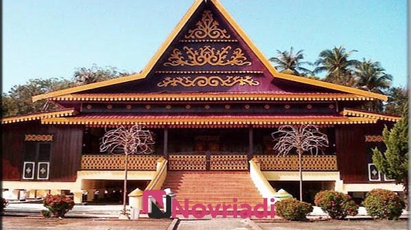 9000 Koleksi Gambar Rumah Adat Asal Provinsi Dan Keunikannya HD Terbaru