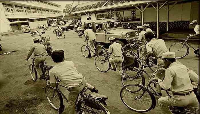 Sejarah Pos - PT Pos Indonesia ( Persero )