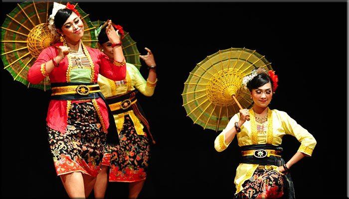 Tari tradisional payung