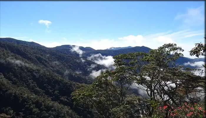 Wisata Gunung Bandahara