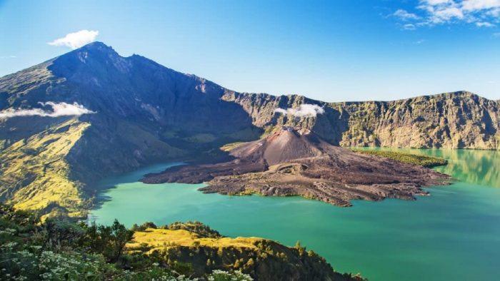 Alam Wisata Gunung Indonesia