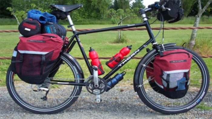 sepeda touring