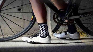 Photo of 3 Penjelasan dan Rekomendasi Sepatu Khusus Sepeda